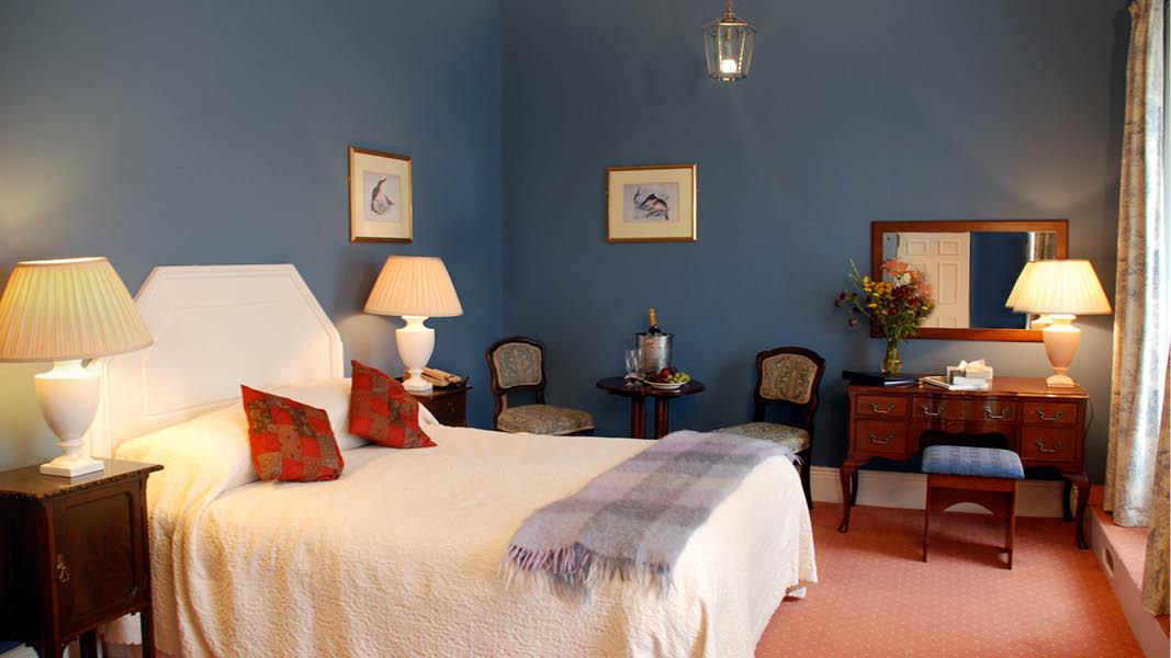 Foyles Hotel Clifden