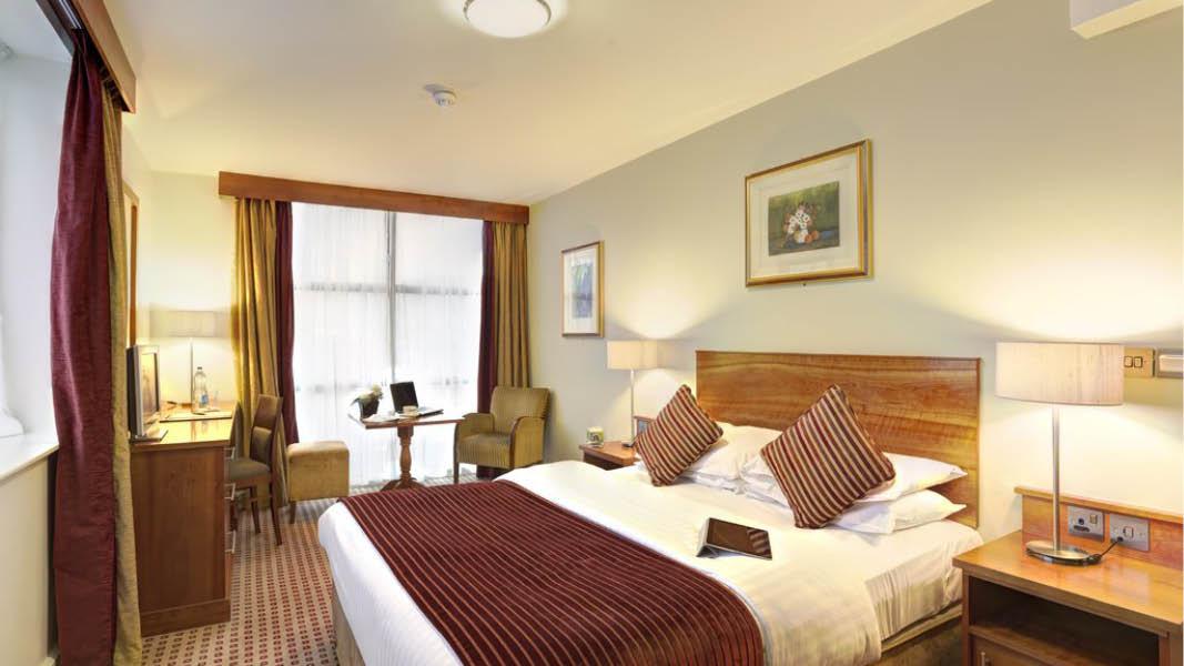 Dubbelrum på Cassidys hotel i centrala Dublin, på resa till Irland.