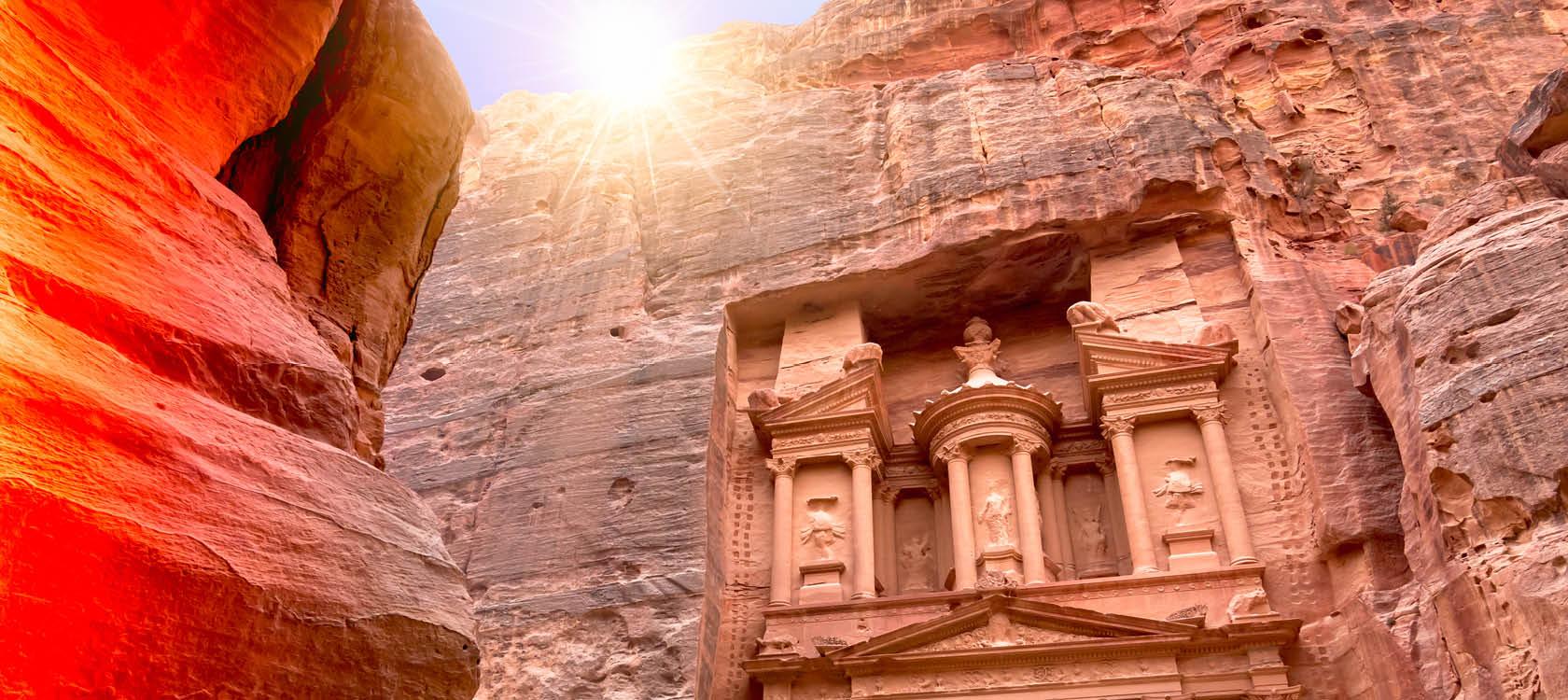 Den arkeologiska staden PETRA på en resa i Jordanien.