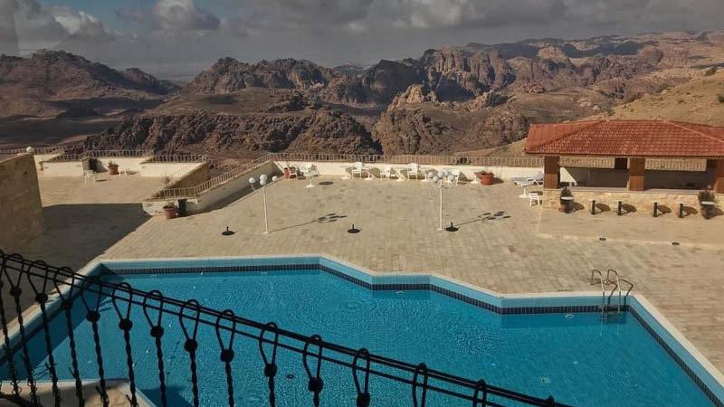 Otroliga utsikter från Petra Panorama Hotel i Wadi Rum, utanför Petra, på en resa till Jordanien.
