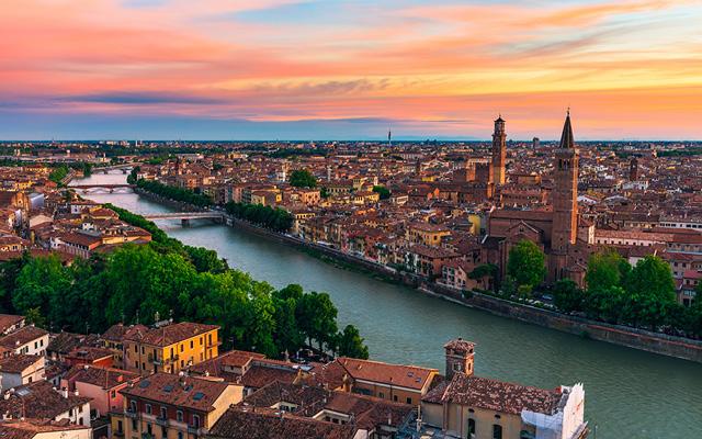Opera och folkfest i Verona