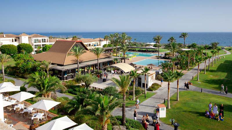 Översikt över hotellområdet på Playa Granada Club Resort.