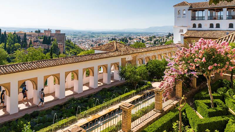 Trädgårdarna i Generalife i Alhambrapalatset